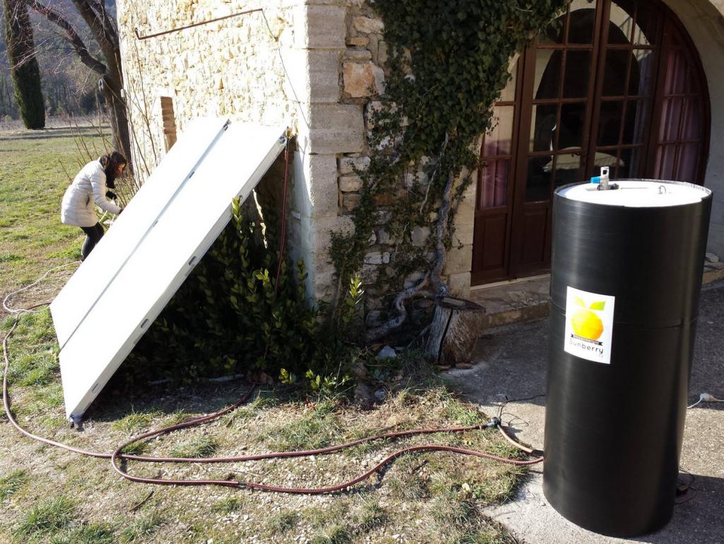 test de ballon d'eau chaude et des panneaux solaires thermiques
